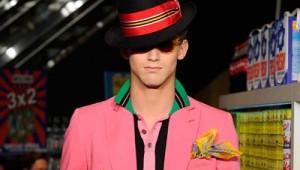 "thumb-Cartela de cores ""pop"" invade o guarda-roupa masculino"